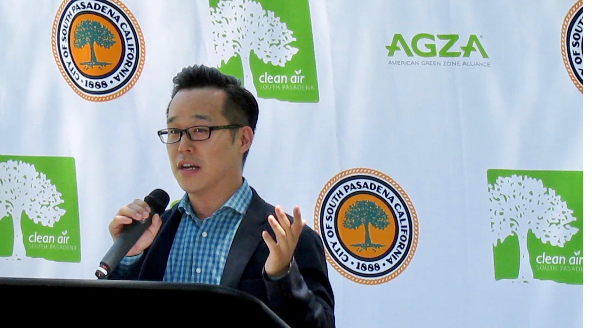 AGZA_GZ_ASGC_speaker_John-Yi_close_2000_margin.jpg