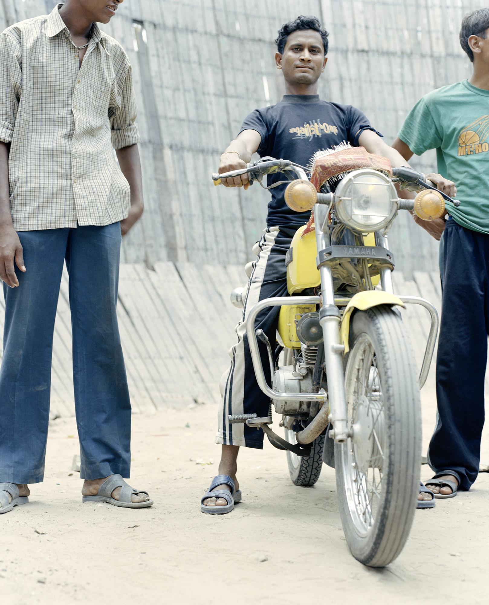 INDIAN_CIRCUS.jpg