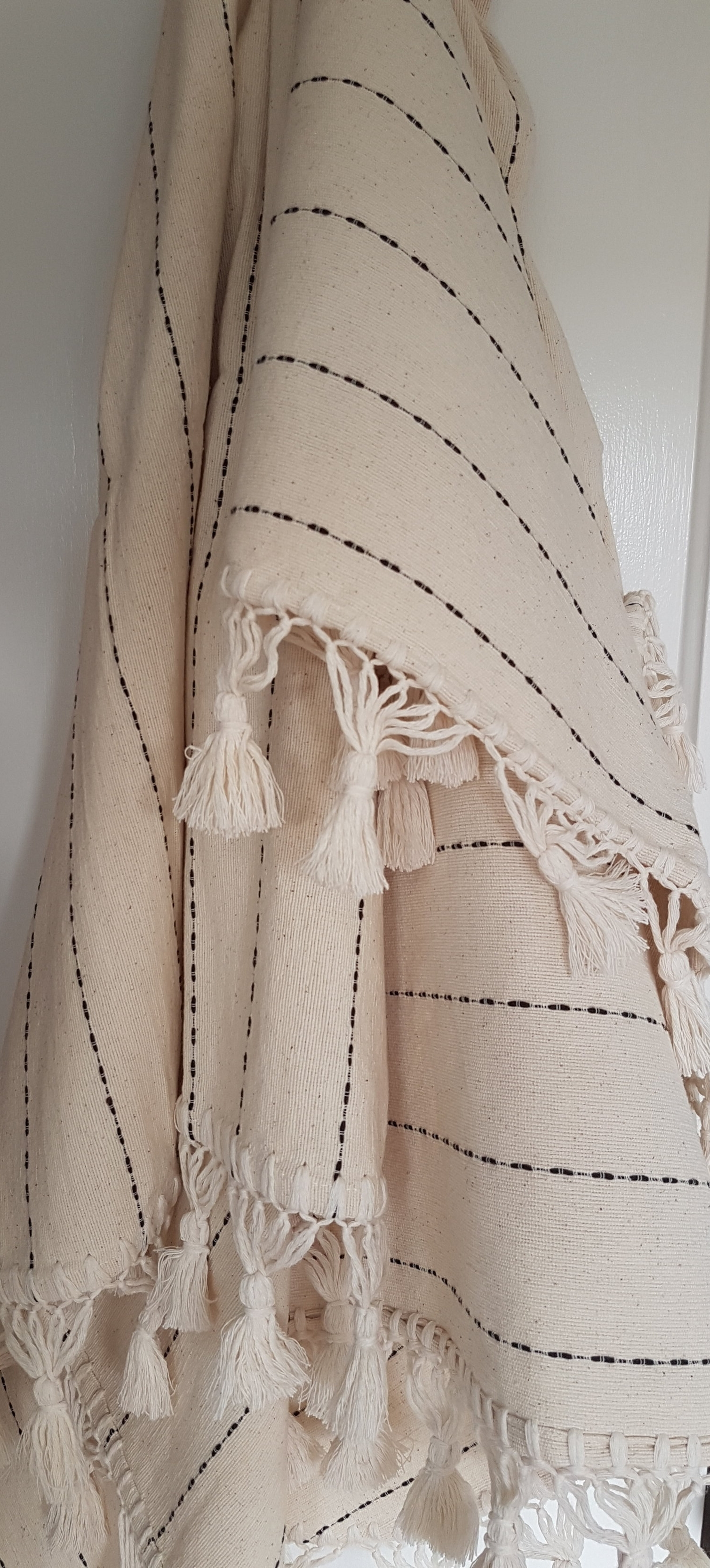 Cotton Throw with tassels