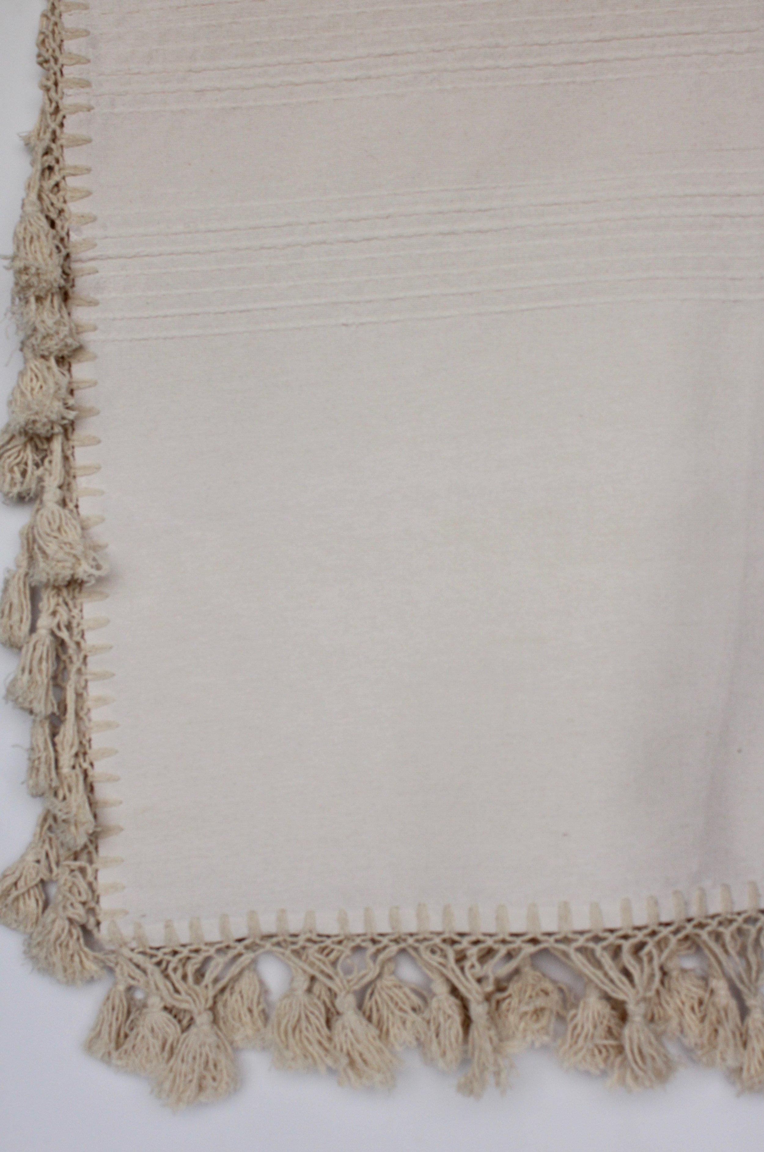 Natural cotton throw