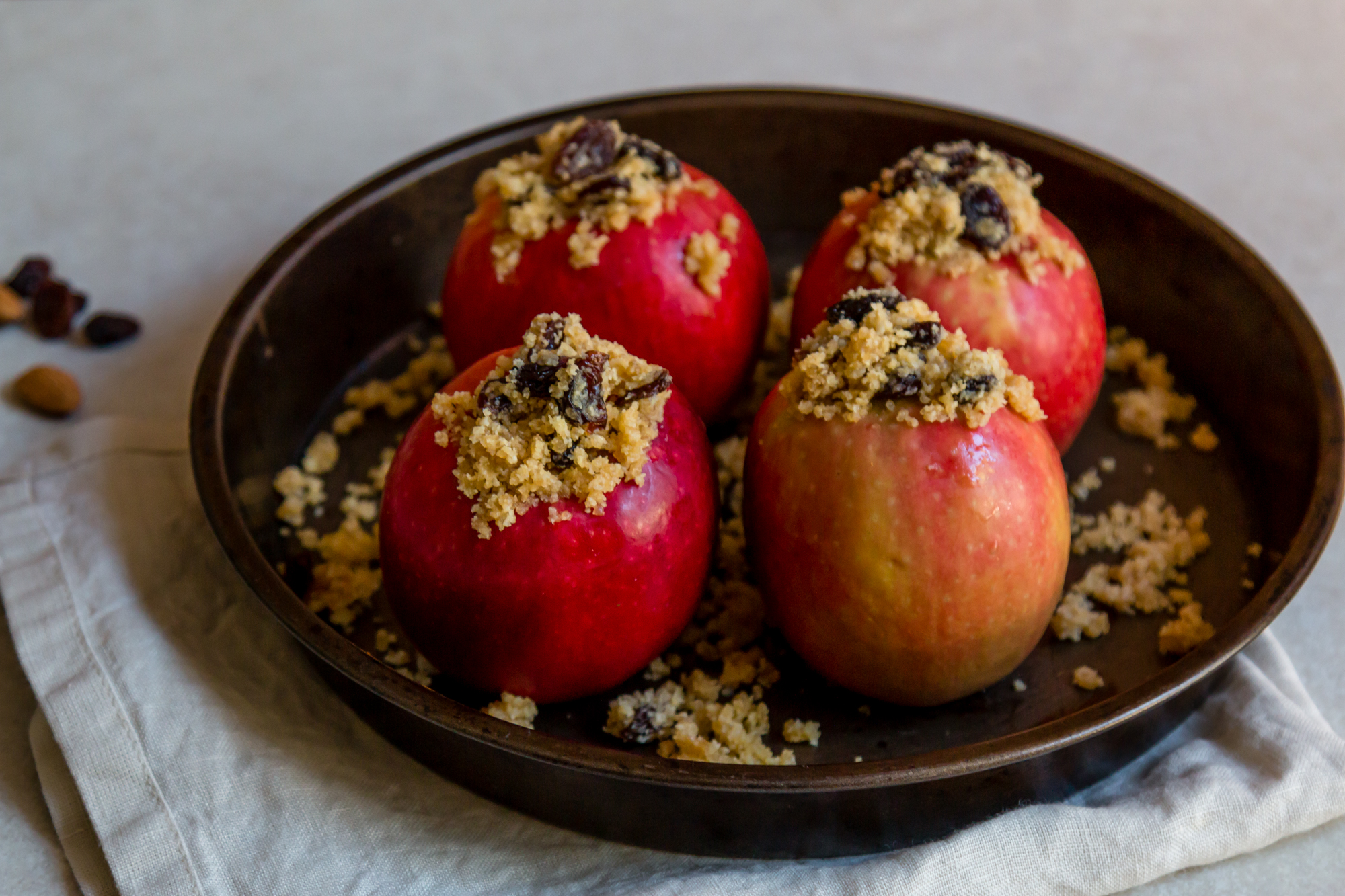 Stuffed baked apple -3.jpg