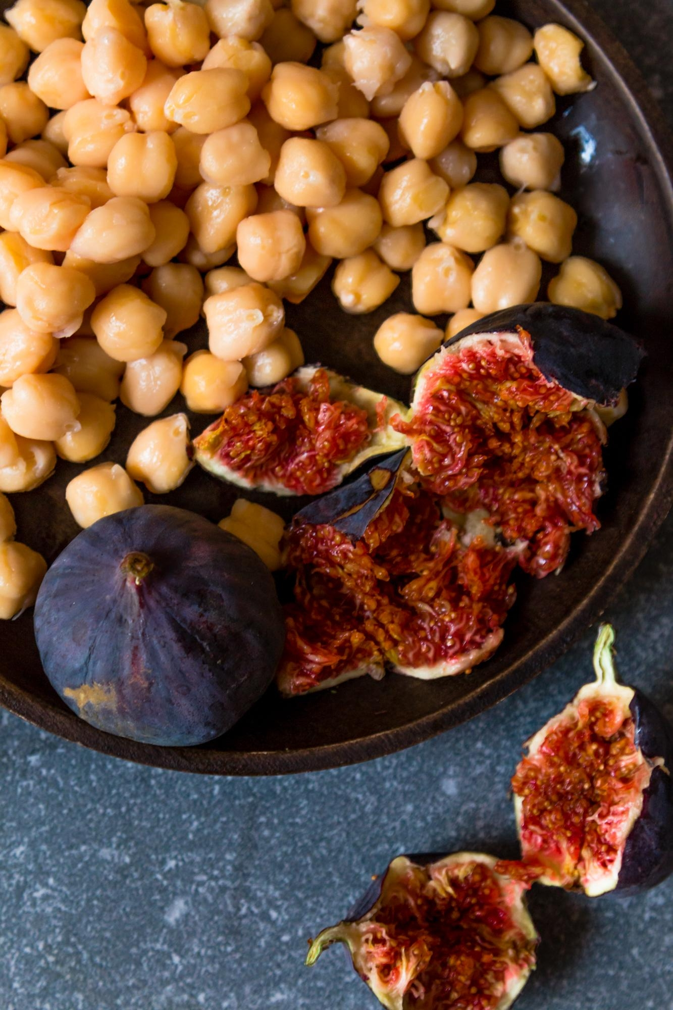 Chickpea and figs chicken tagine -1.jpg