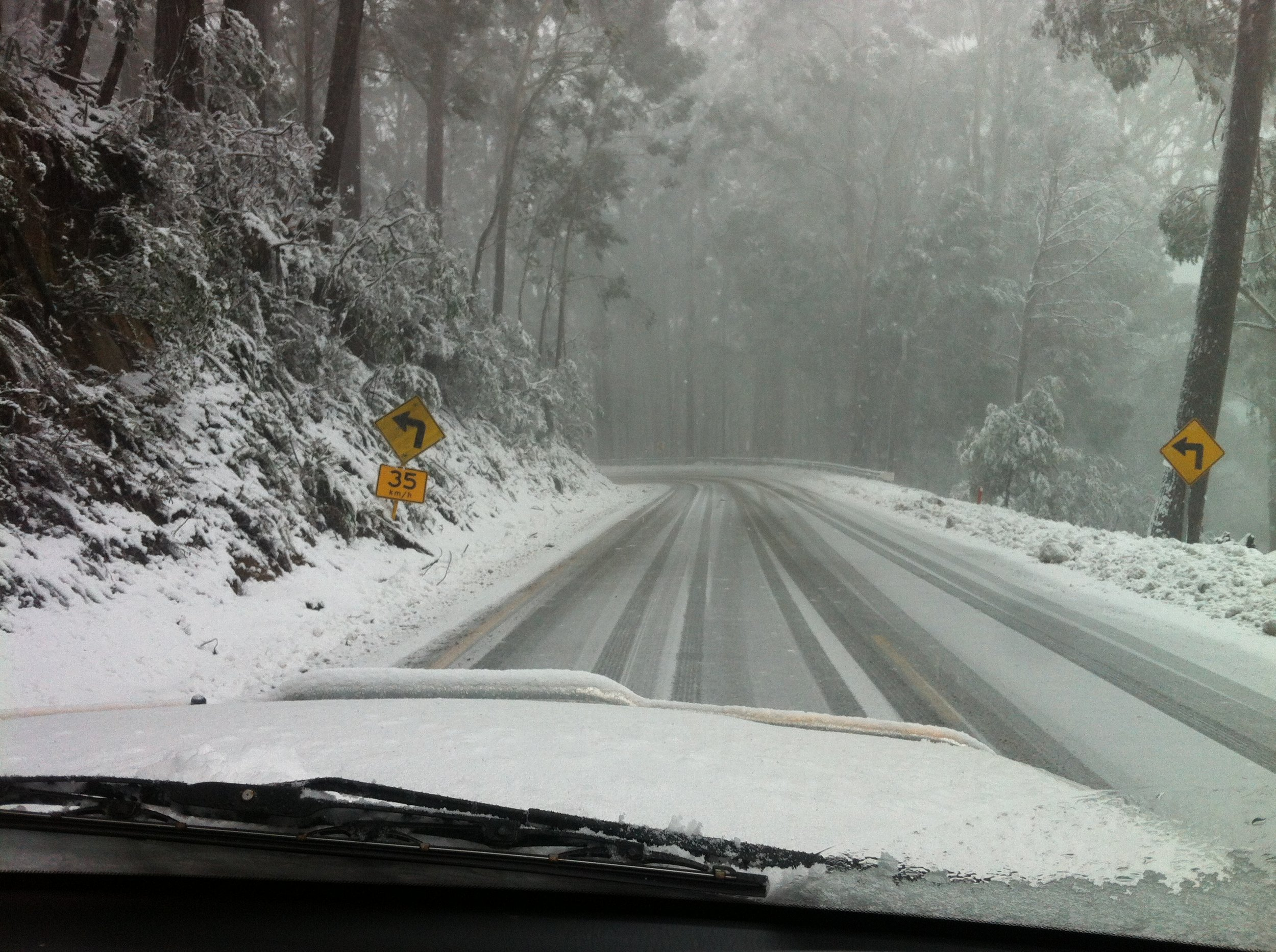 Driving a car... - Make sure you know all you need to know about driving in the Alpine National Park and on THE snowy and icy mountain road.