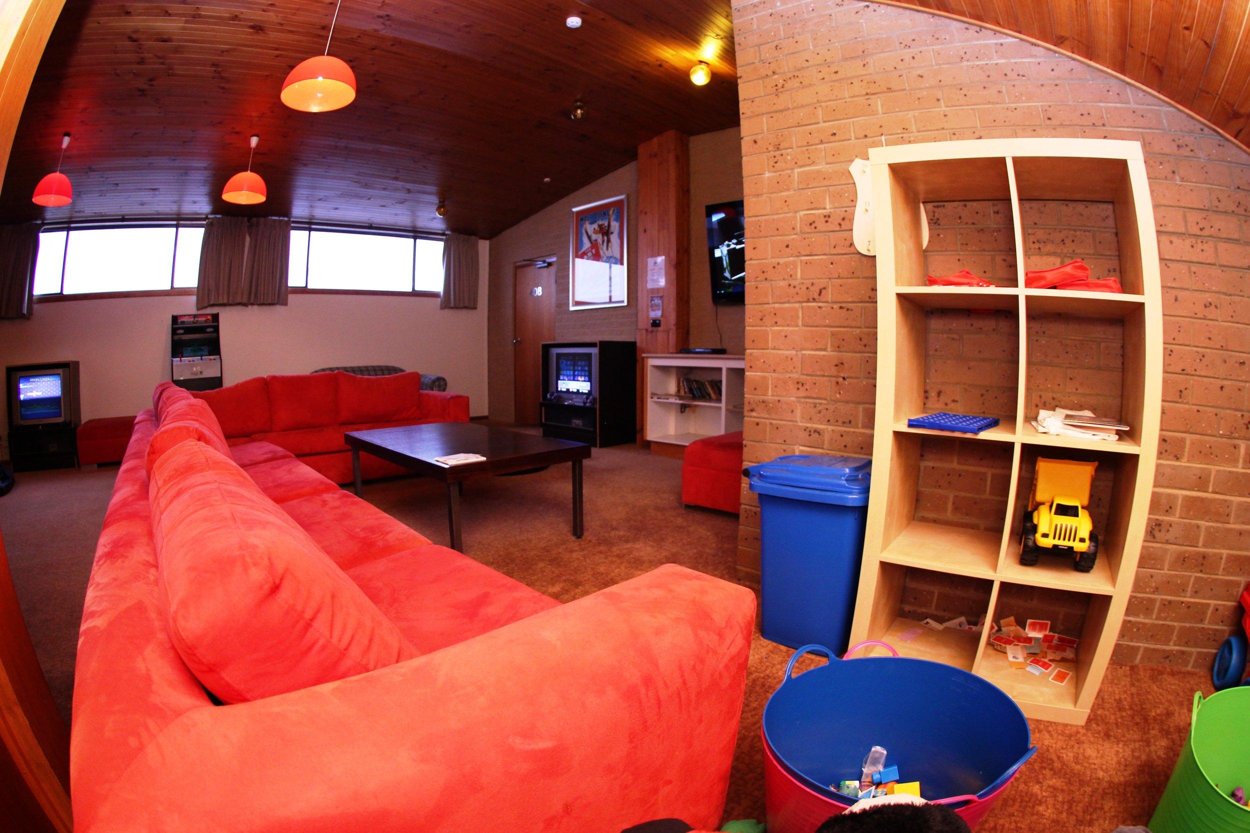Games room cubby.JPG