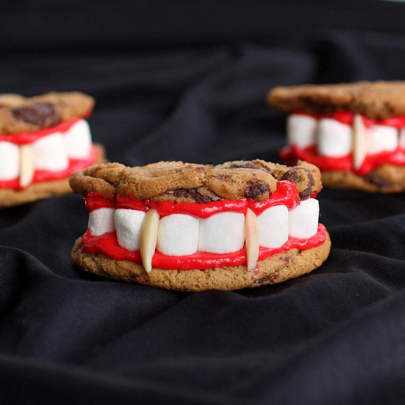 dracula-dentures-set.jpg