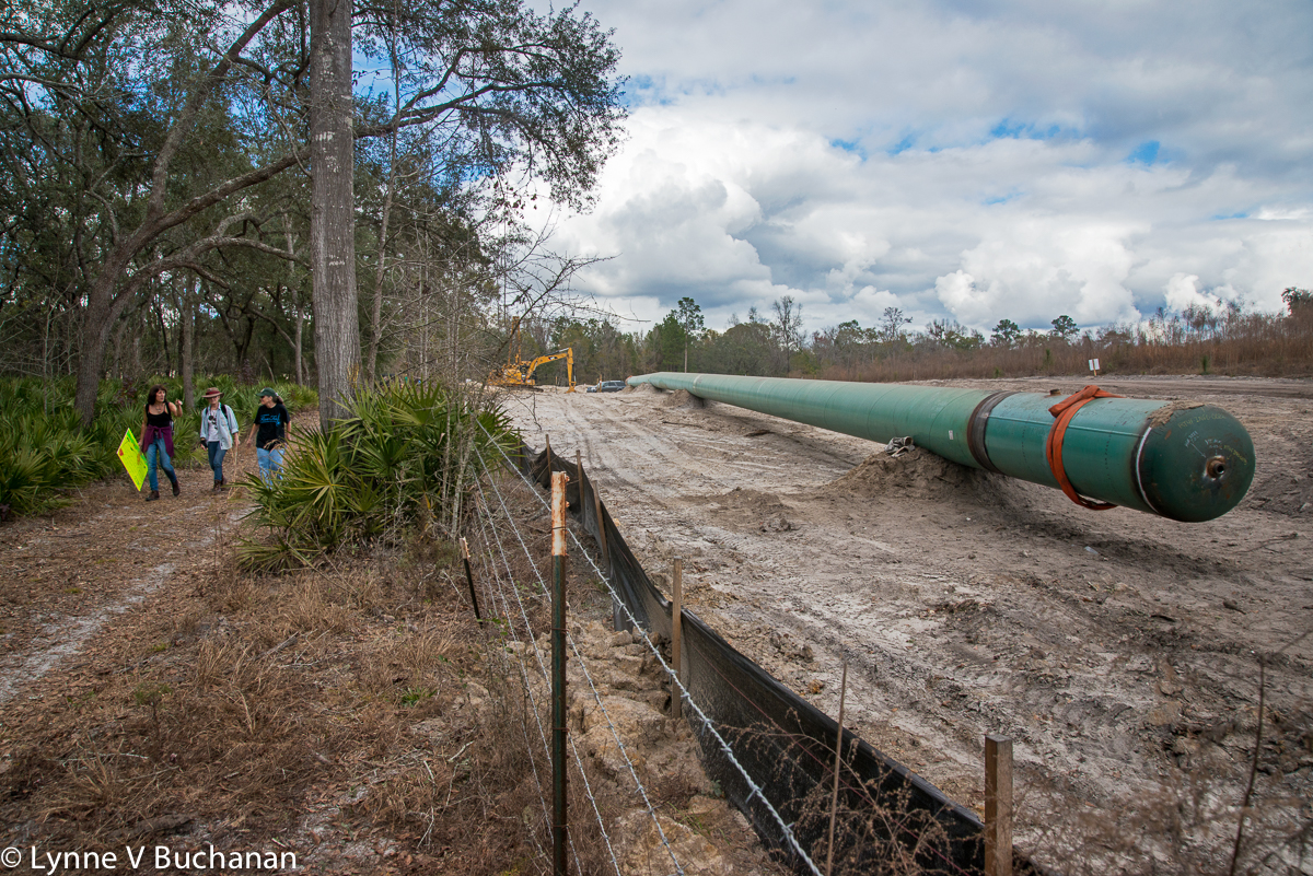 Pipeline at a Right Angle to the Section Going Under the River