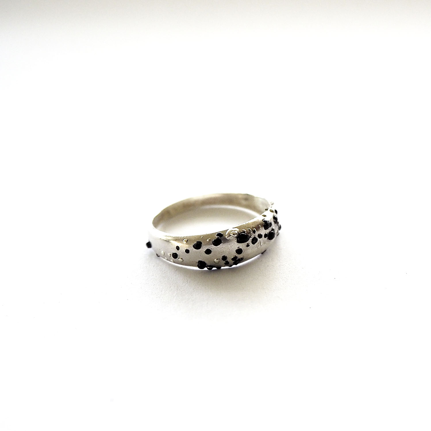 Bauble Ring , 2016, Sterling silver, enamel paint