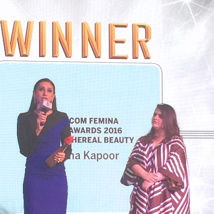 Karisma Kapoor At The Nykaa Femina Beauty Awards 2016