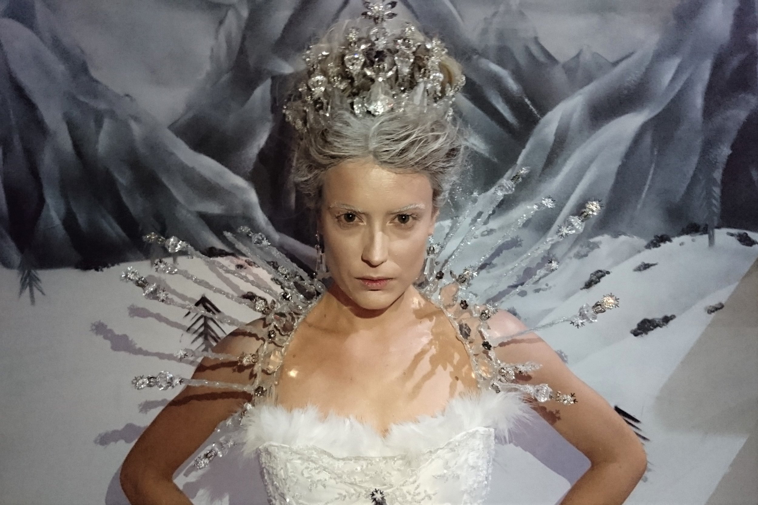 Costume - The Human Chameleon - Kristine Walker - Snow Queen - The Myster Rooms (1).jpg