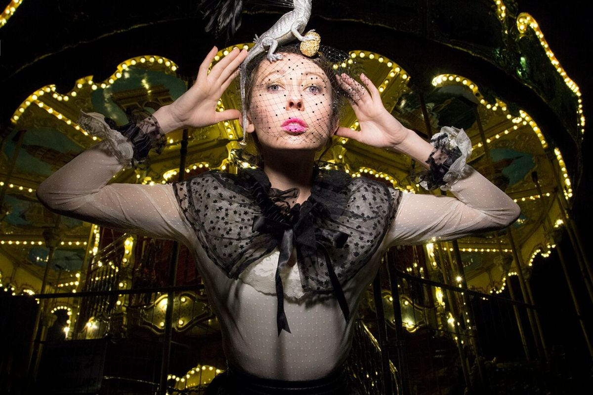 The Human Chameleon - Paris Carousel- Costume by Kristine Walker - Photo by Gwendolynne Burkin.jpg