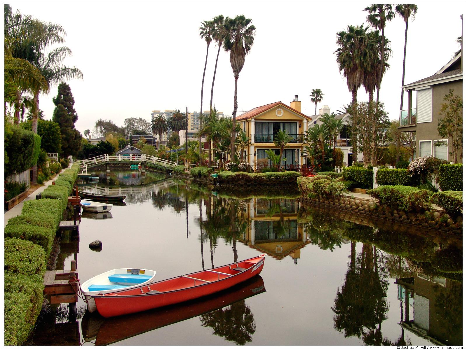 13.Venice.Canals.jpg