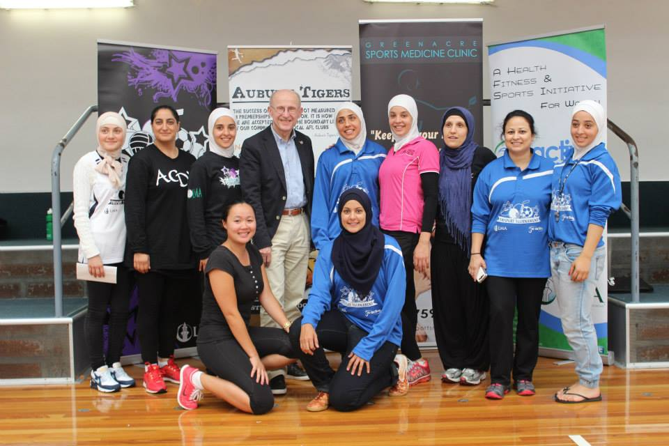 Mr Wilfred Lemke with GoActive coordinators and TriSport partners - Dolly's Bootcamp and Greenacre Sports Medicine Clinic. December, 2013