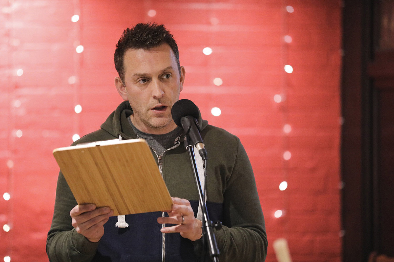 jason-conway-published-poet-gloucestershire-photo-of-him-performing-1500pxl.jpg