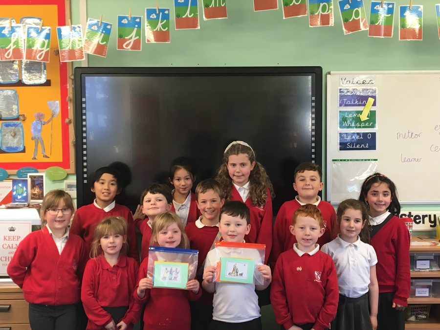 Photo: School Council with Christmas cards for patients at Airedale Hospital