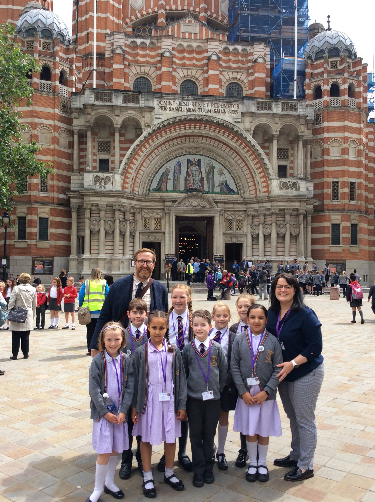 Photo: Holy Name Mini Vinnies outside Westminster Abbey in London