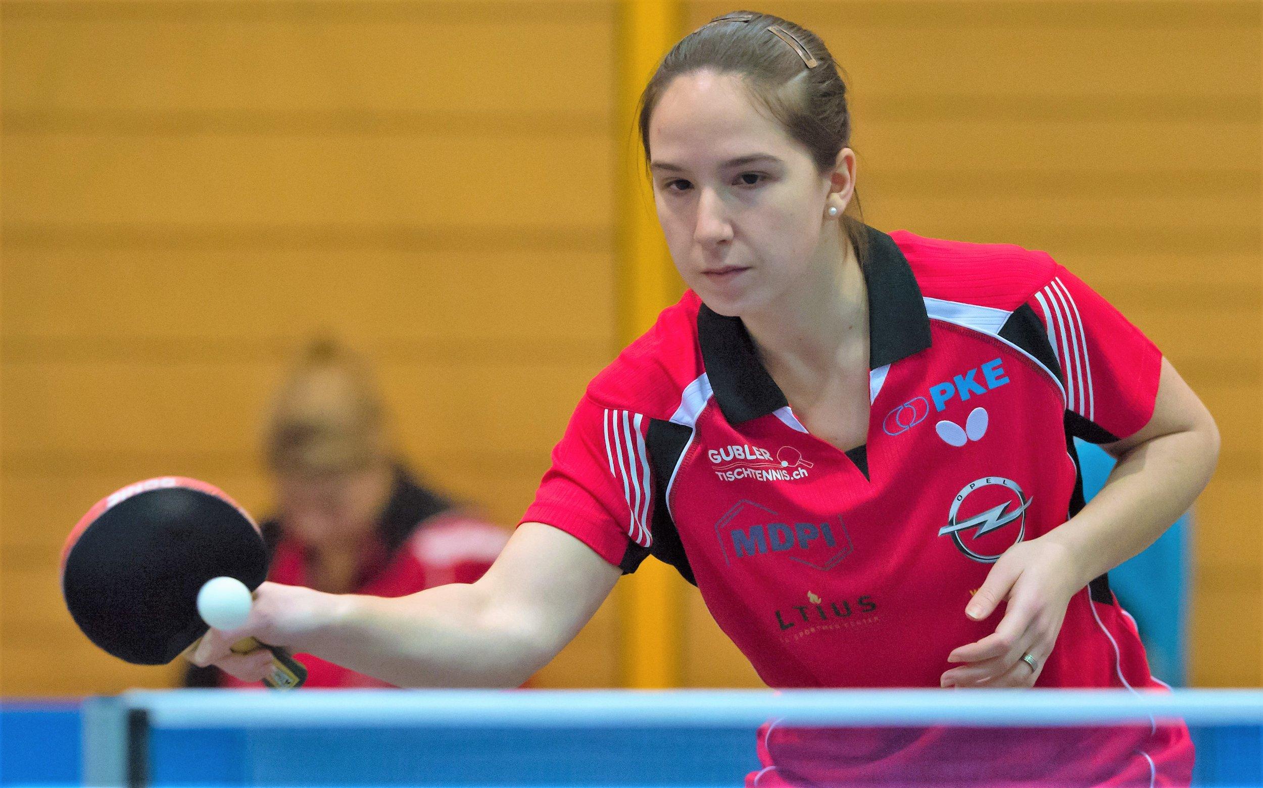 Rijana Zumbrunnen konnte im Rückspiel den entscheidenden Punkt holen. In der letzten Partie gegen Ramona Sperr konnte die Münchensteinerin einen 1:2-Satzrückstand noch zu ihren Gunsten drehen.