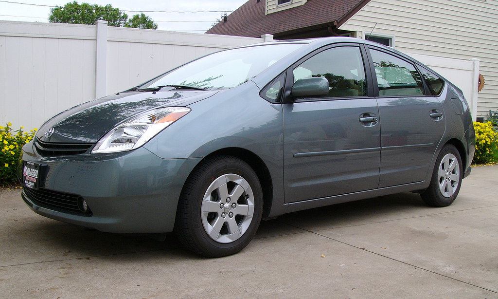 The Most Iconic Car of the 2000s: Toyota Prius