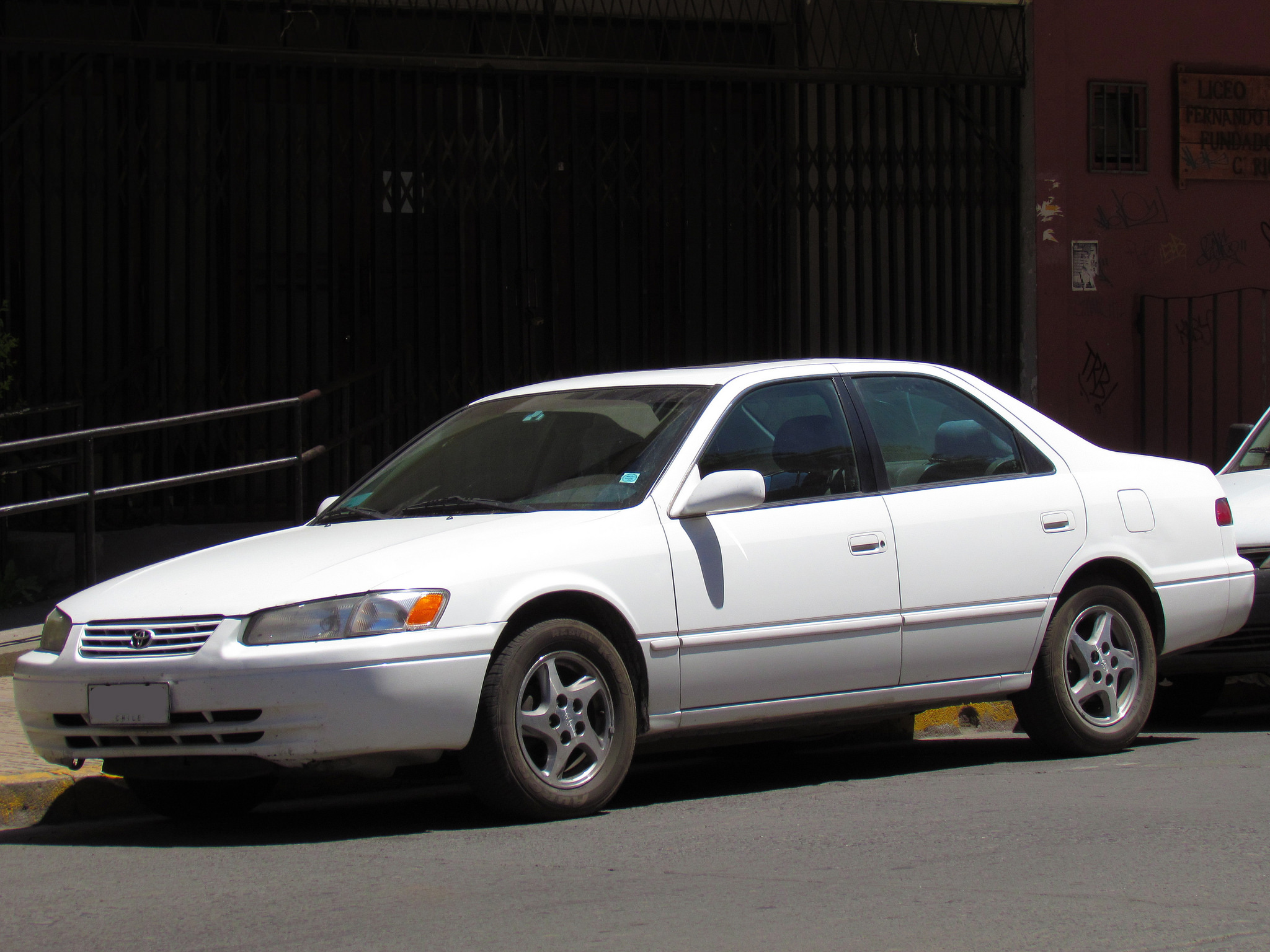 The Most Iconic Car of the 1990s: Toyota Camry