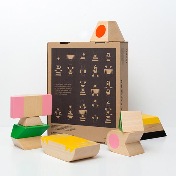 Totem_Oliver Helfrich_Packaging Back.jpg