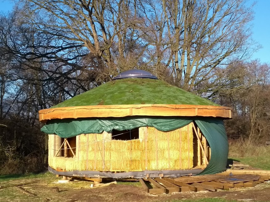 Straw bale roundhouse from the outside
