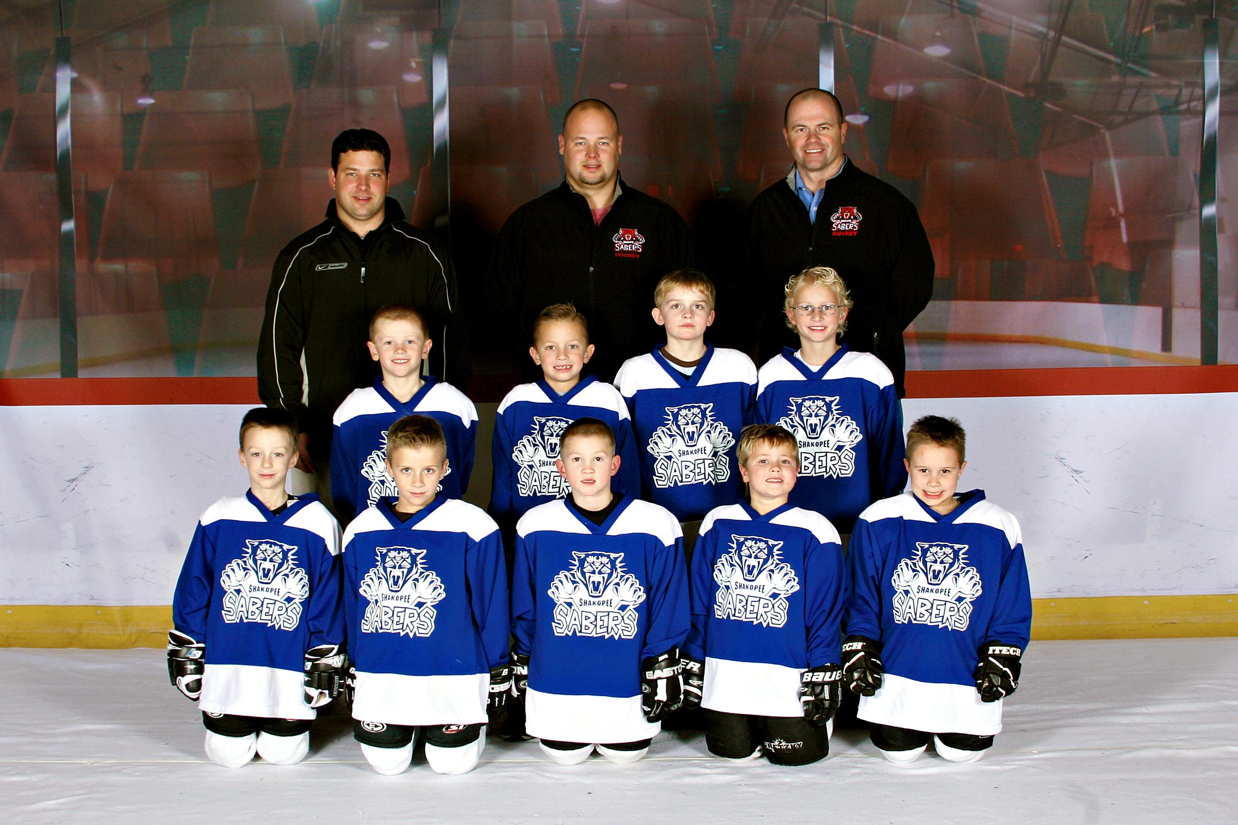 Huskies Team Photo.jpg