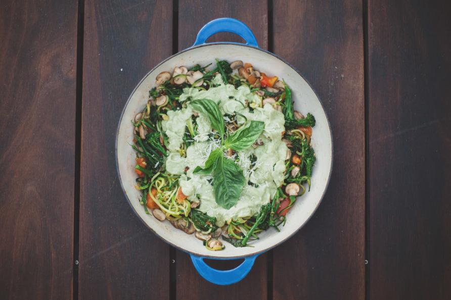 Creamy Pesto Zucchini Noodles -