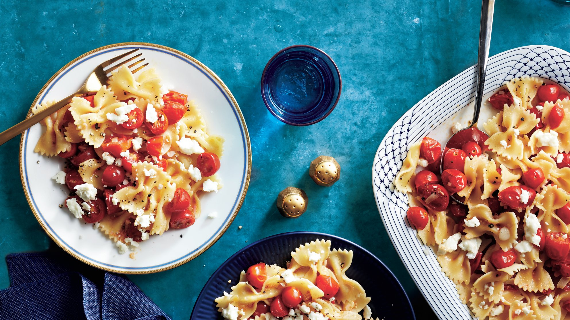 Pasta with Marinated Tomatoes and Feta -