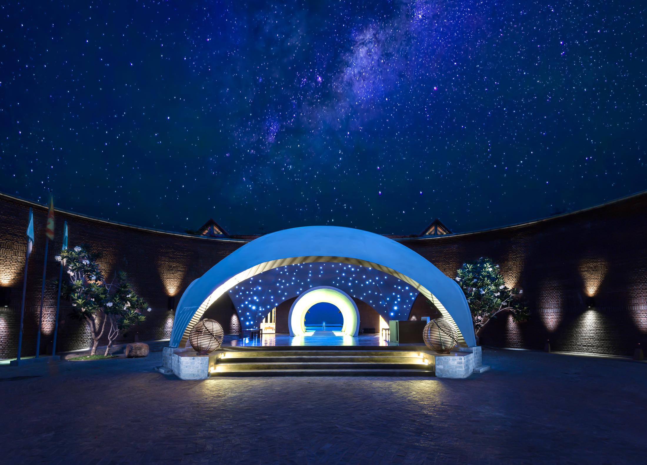 UgaBay-Entrance-Moonlight-fixed-BrandingFree-MidRes.jpg