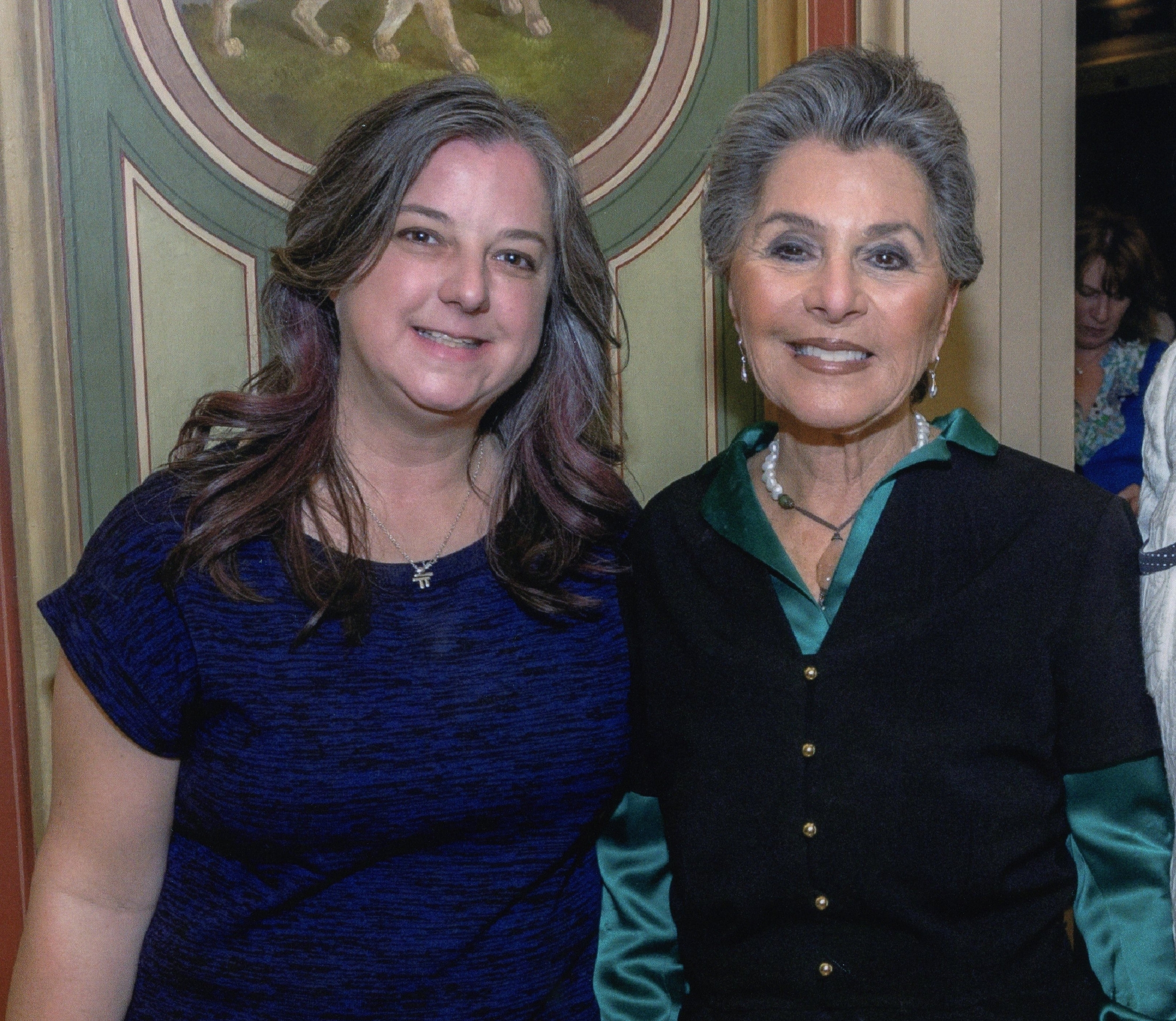 sara met with sen. barbara boxer while advocating for migraine research