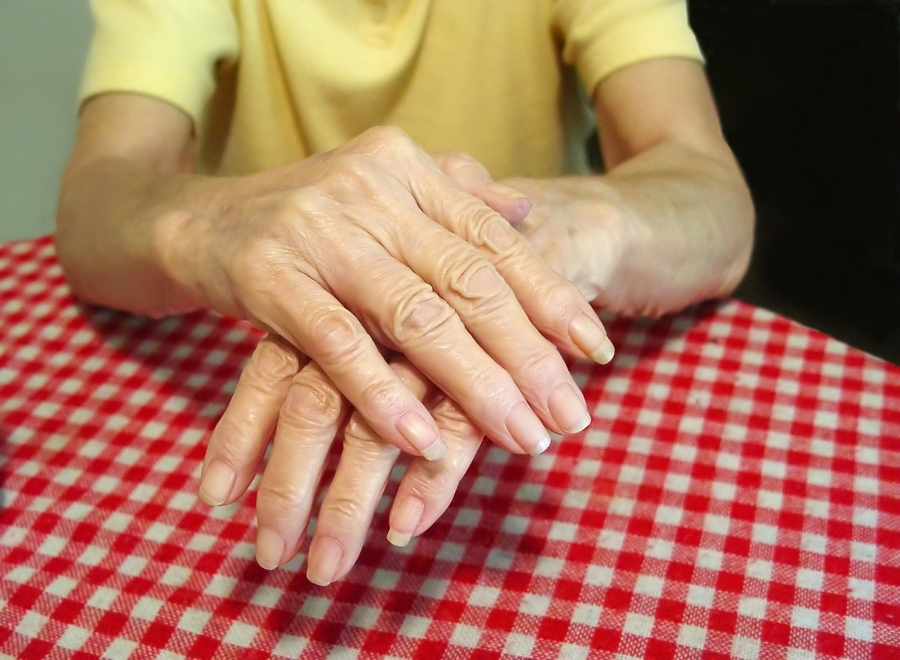 bigstock-Aged-Arthritic-Hands-135604.jpg
