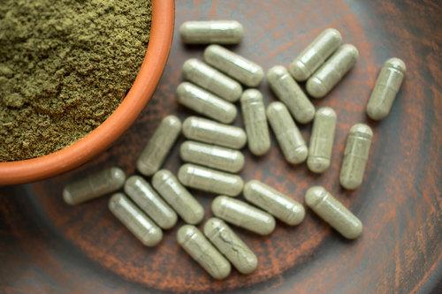 bigstock-Supplement-Kratom-Green-Capsul-227871193.jpg
