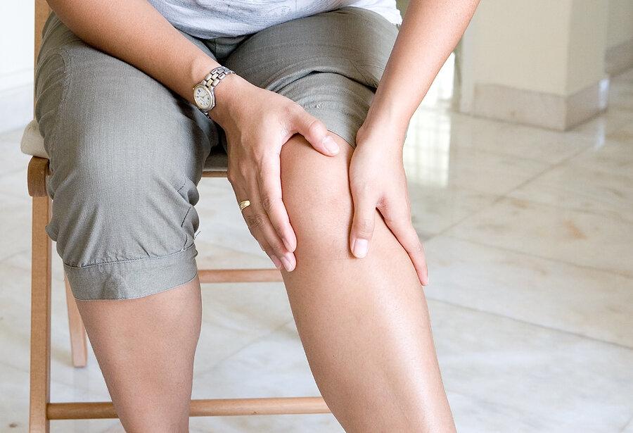bigstock-Woman-suffering-from-pain-in-k-18060380.jpg