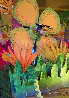 weird animals vbs decorating ideas _ VBS Decorati.jpeg