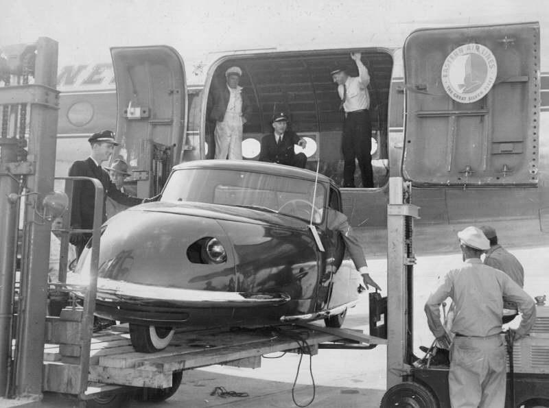 Davis 1948 loading on plane.jpg