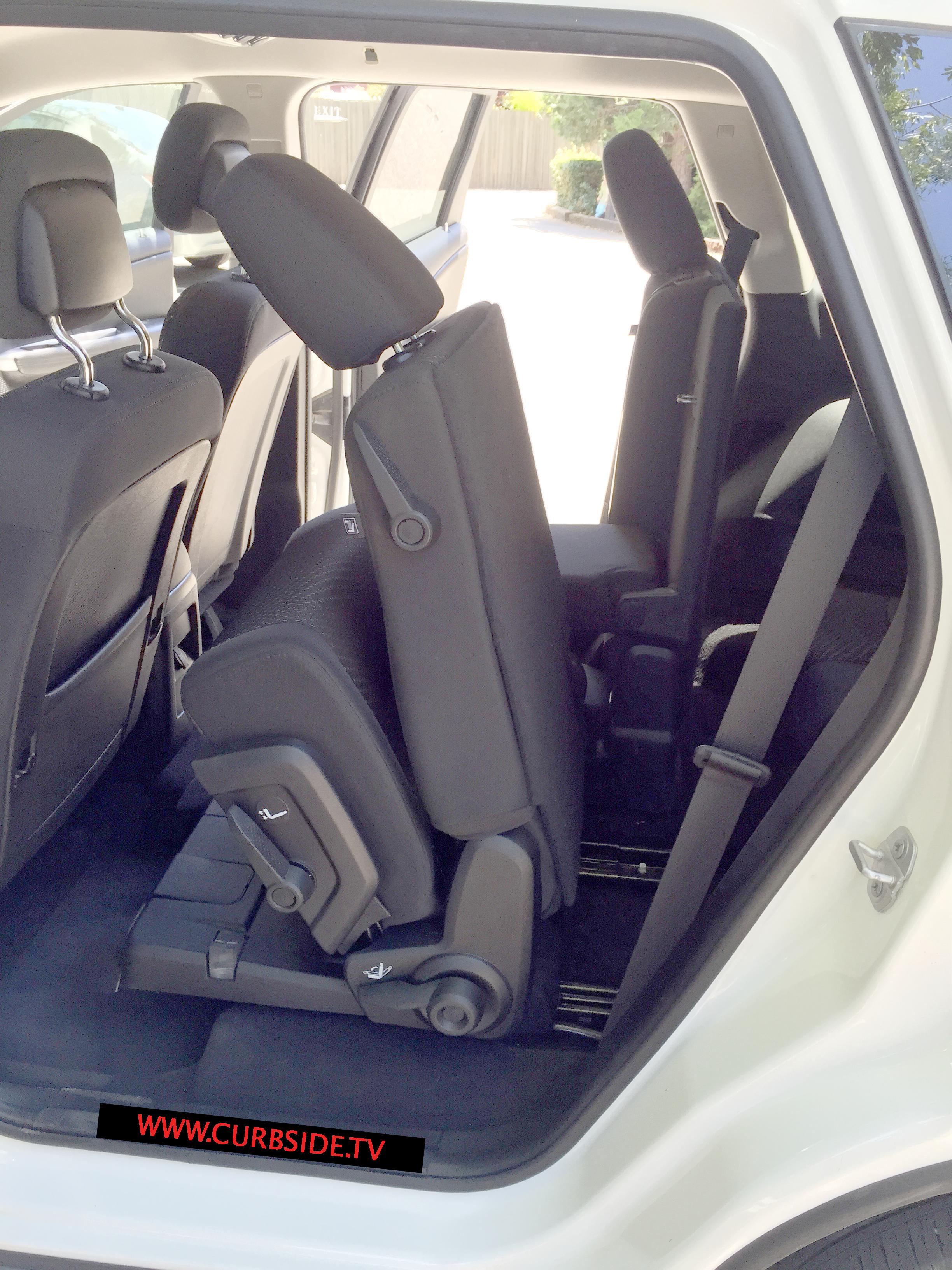 Dodge-Journey-rear-seat-flexibilty.png