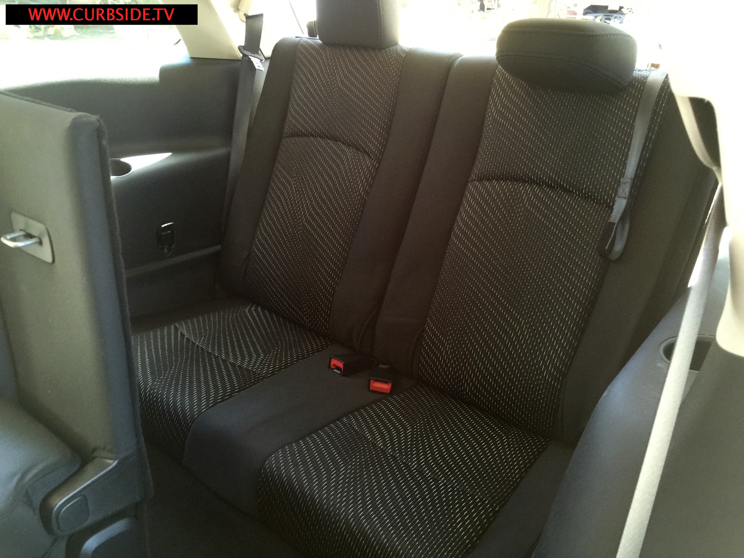 Dodge-Journey-third-row-seats.png