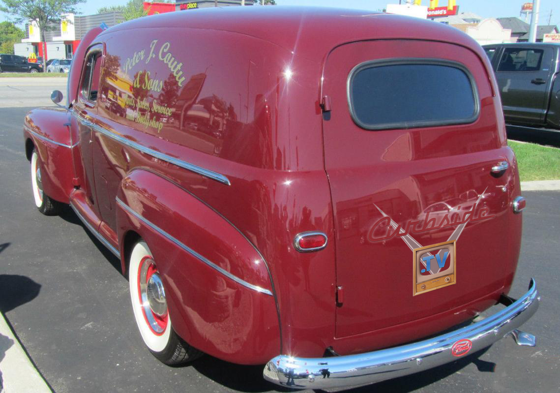 1946 Ford Sedan Delivery.png