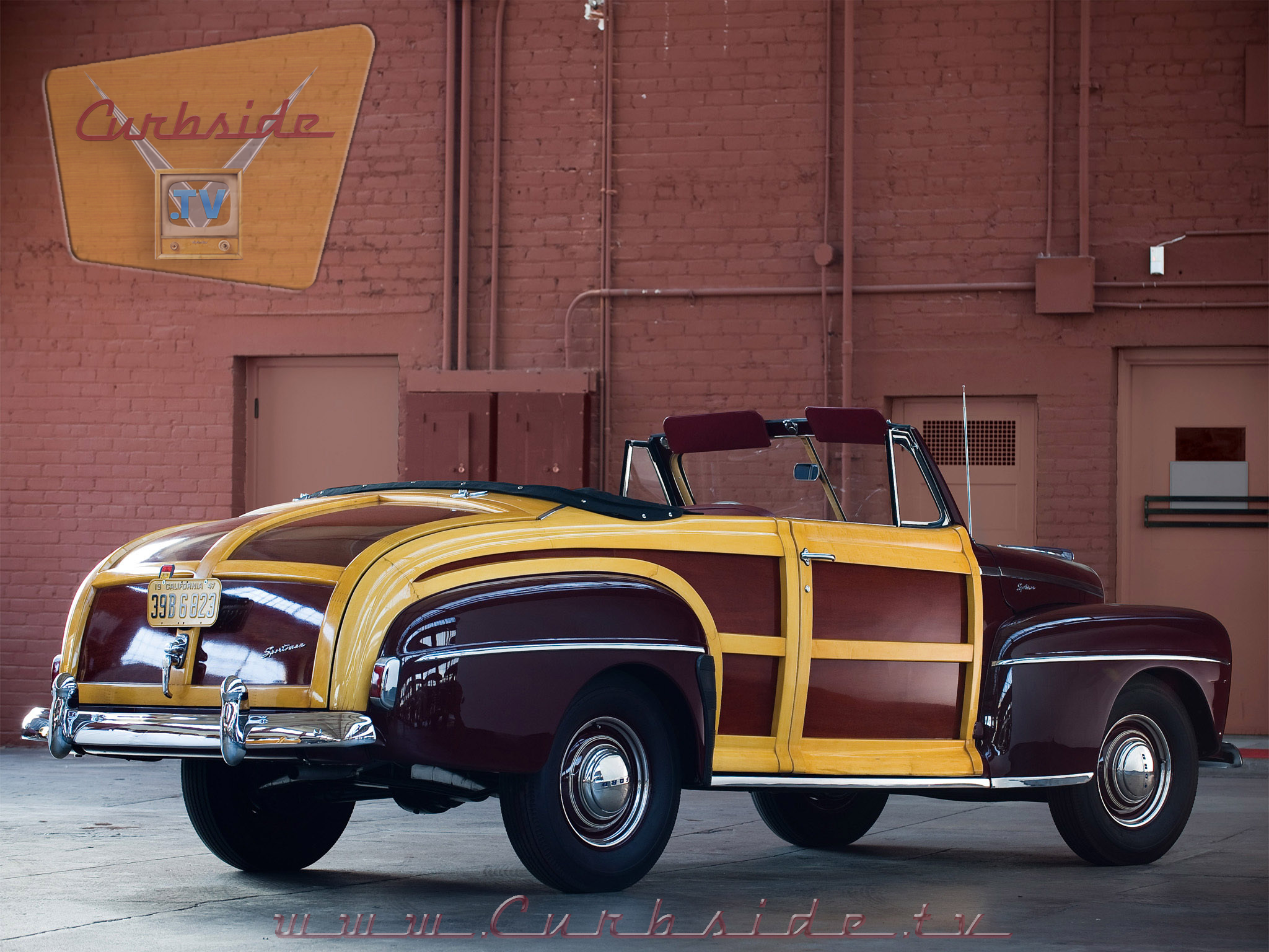 1947 Ford Super Deluxe Sportsman Convertible back.png