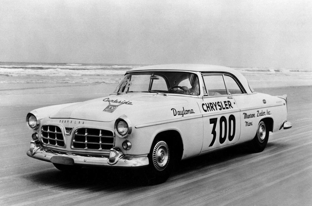1955-Chrysler-300-racing.png