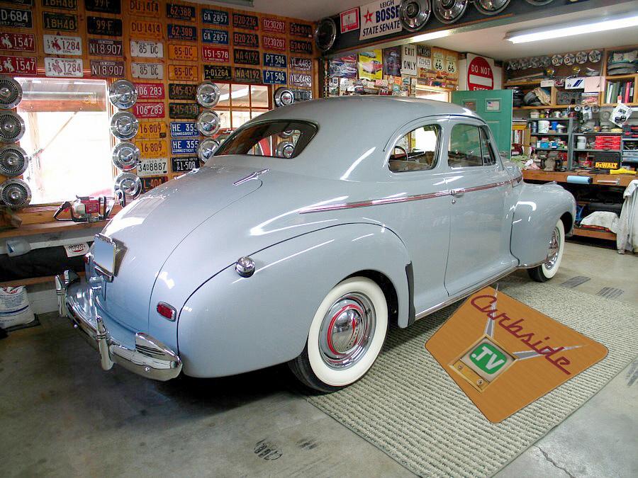 1941-blue-Chevrolet-rear.jpg