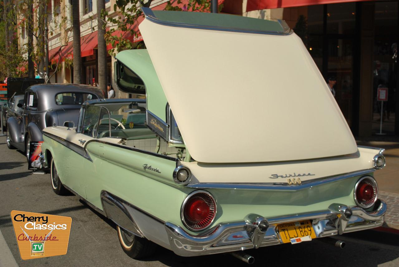 1957 Ford Fairlane 500 Convertible Hardtop