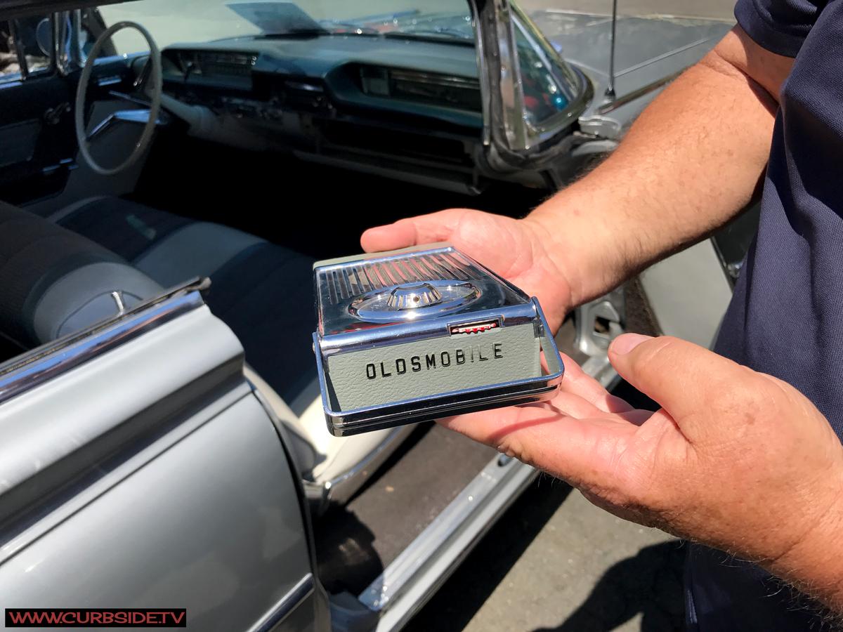 Olsmobile-98-1959-Radio.png