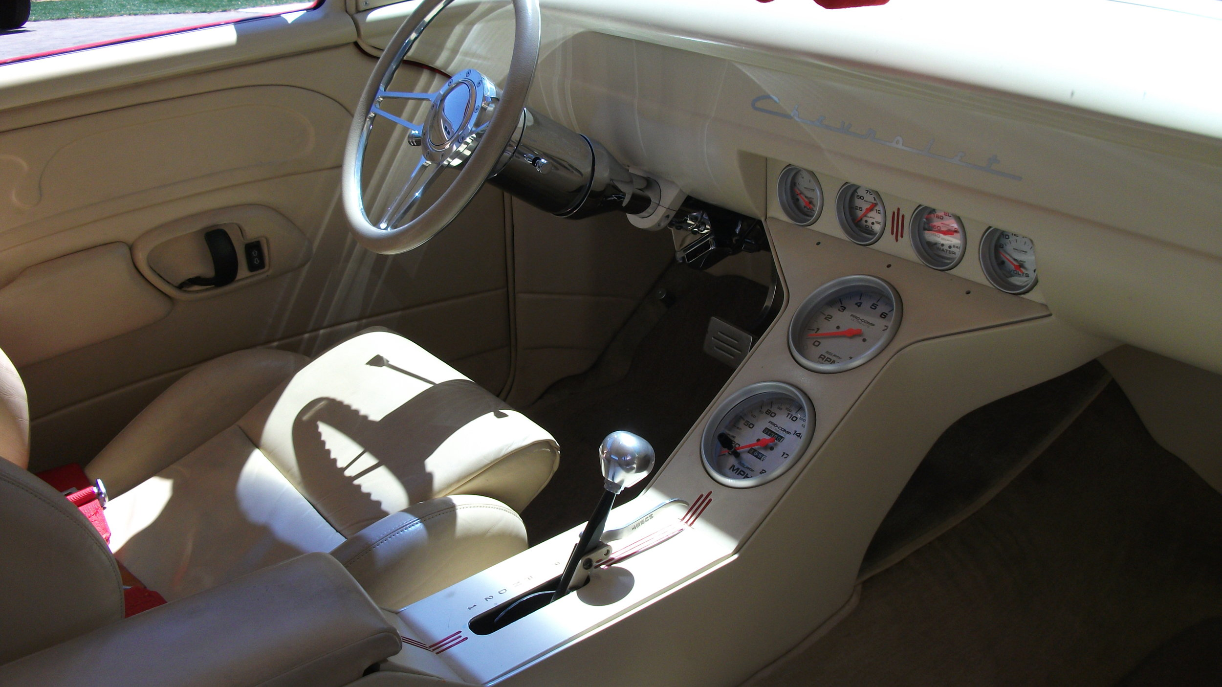 1955 chevy pictures 047.JPG