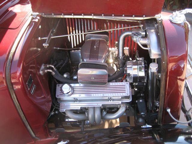 1934 Ford engine.jpg
