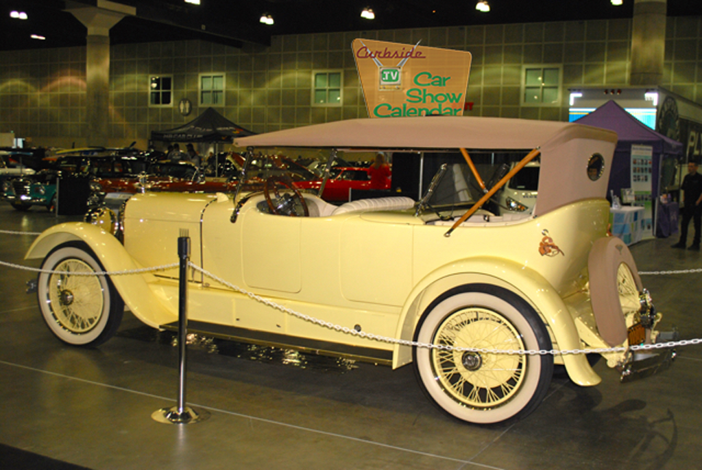 Classic-Car-Show-06.png