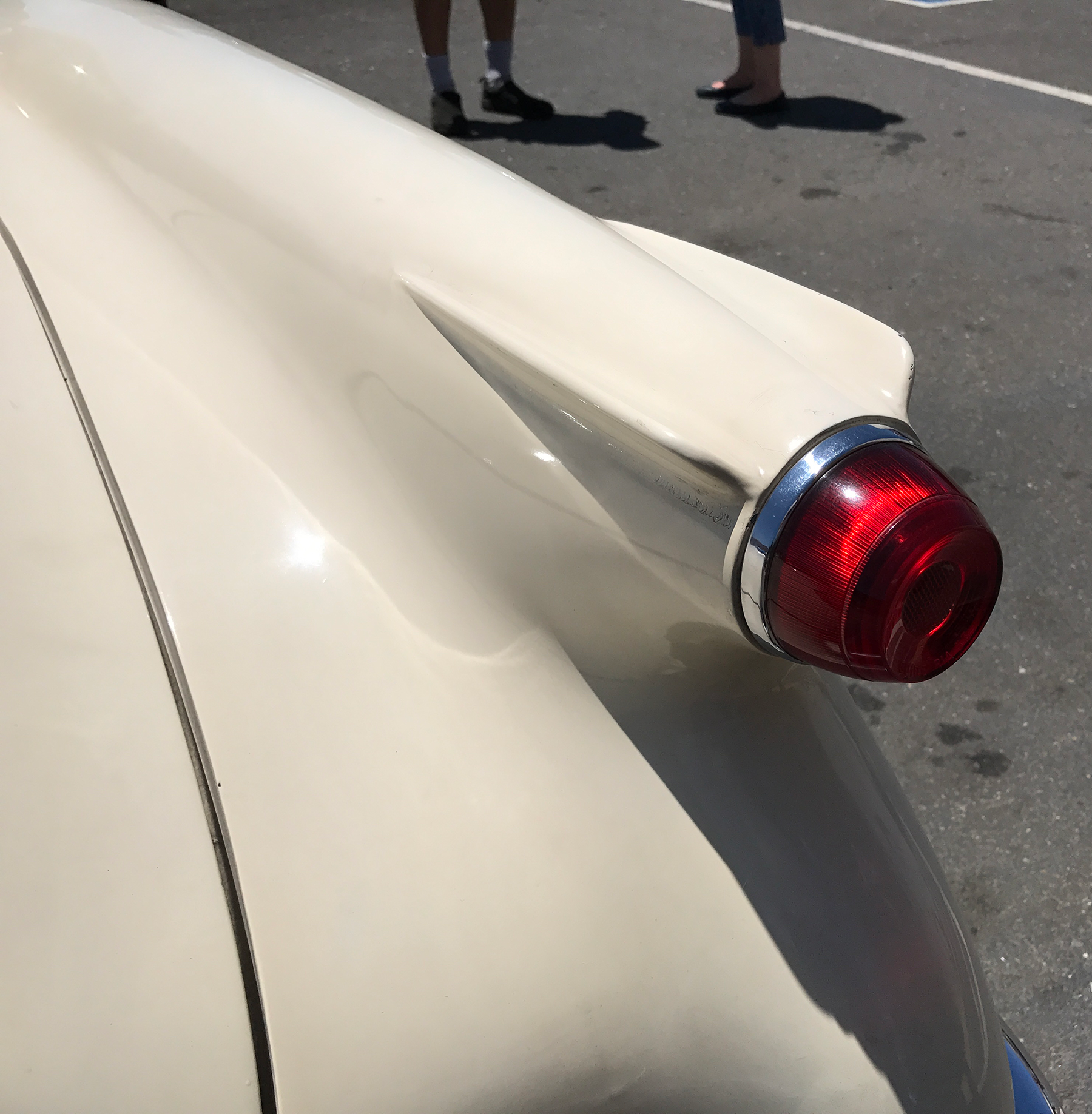 1954 Corvette taillight.png