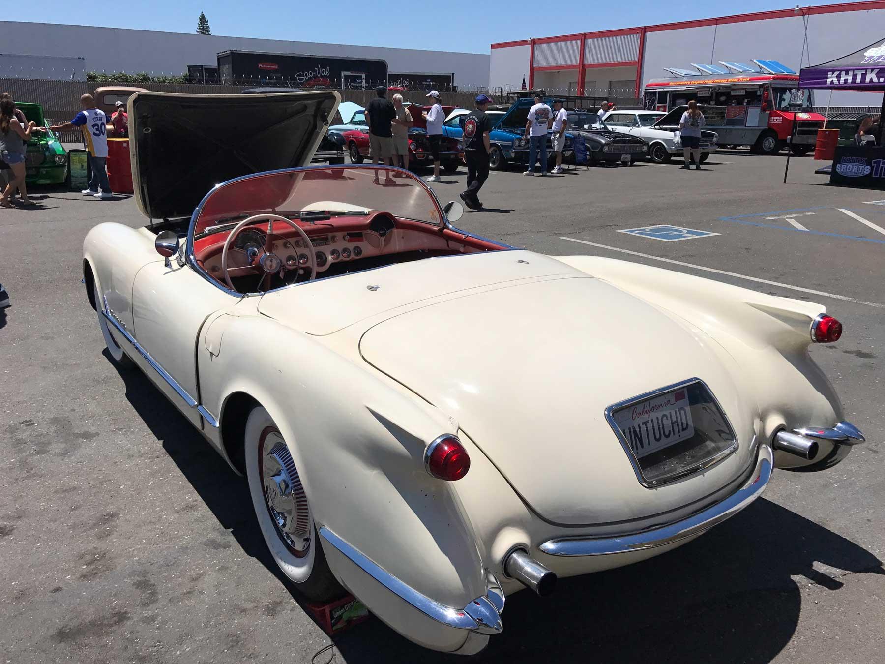1954-Corvette-back.jpg