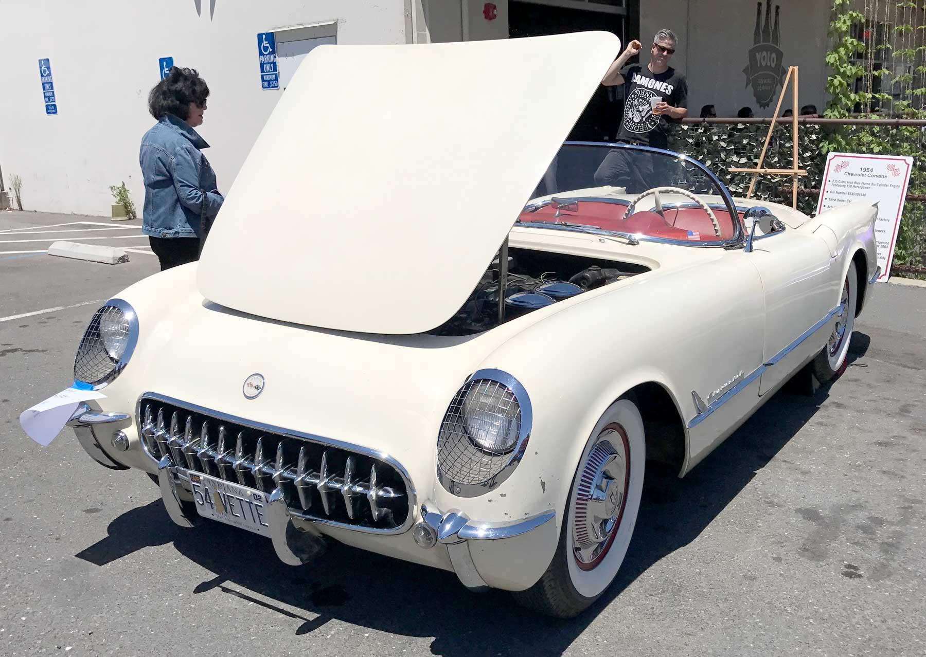 1954-Corvette.jpg