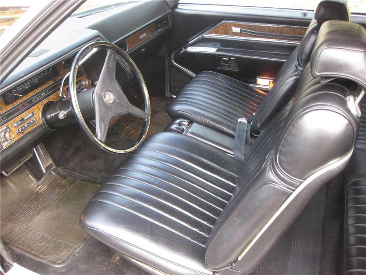 Cadillac-Eldorado-interior.jpg