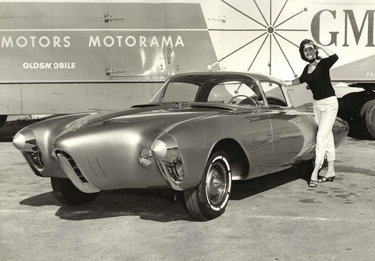 Oldsmobile-Golden-Rocket.jpg